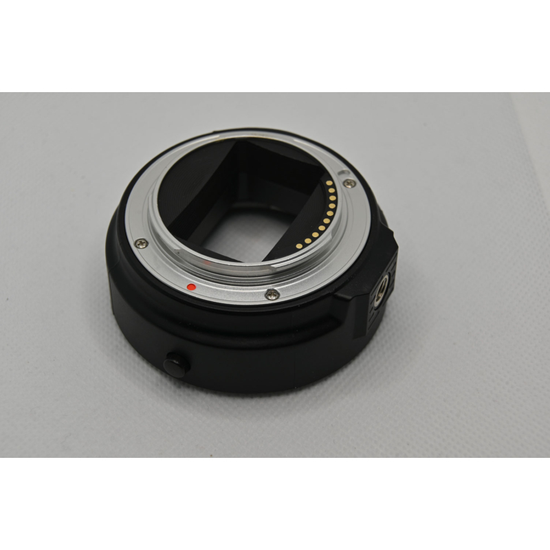 Sony E Canon EOS autofokuszos adapter